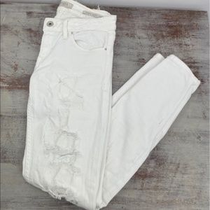 Guess white distressed jeans 26 power skinny low